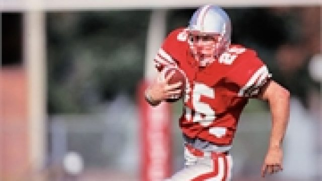 Could a Concussion Raise a Teen Athlete's Suicide Risk?