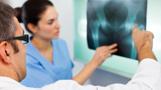 Osteoporosis: Could selenium reduce risk?