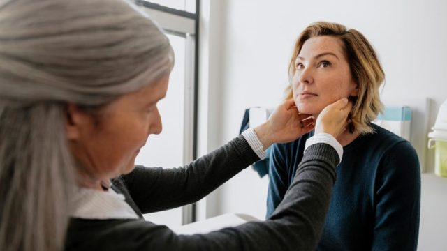 What to know about swollen cervical lymph nodes