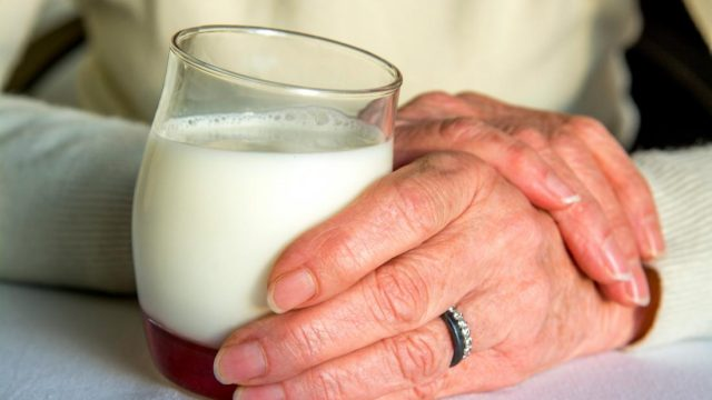 What's the link between dairy and acid reflux?