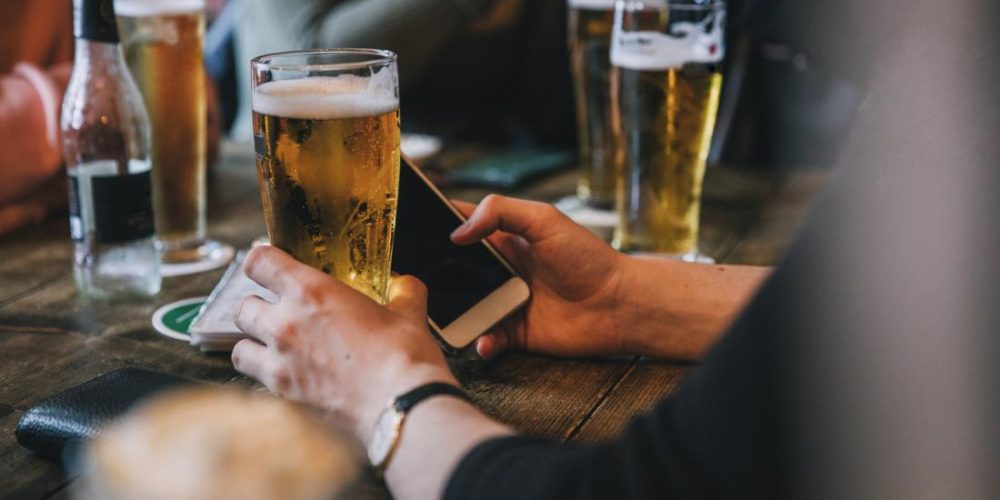 One ketamine shot could help heavy drinkers cut down