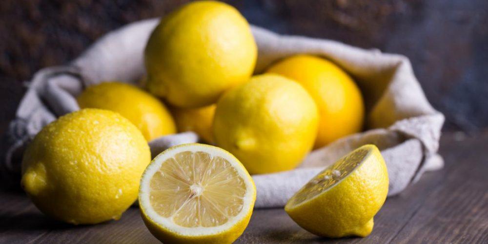 Top 12 healthful fruits