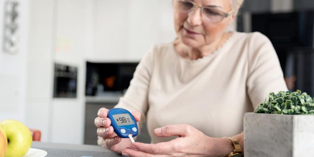 Which environmental factors affect type 2 diabetes risk?