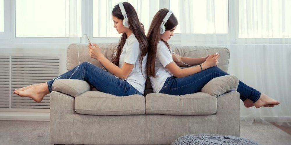 Don't Blame Technology for Young People's Mood Problems: Study