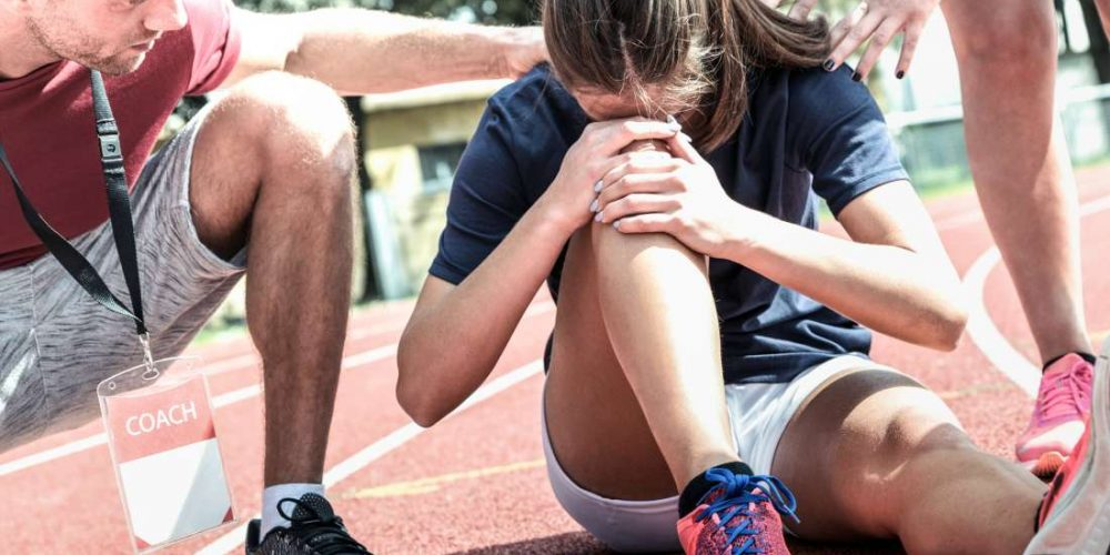Locked knee: Causes and what to do