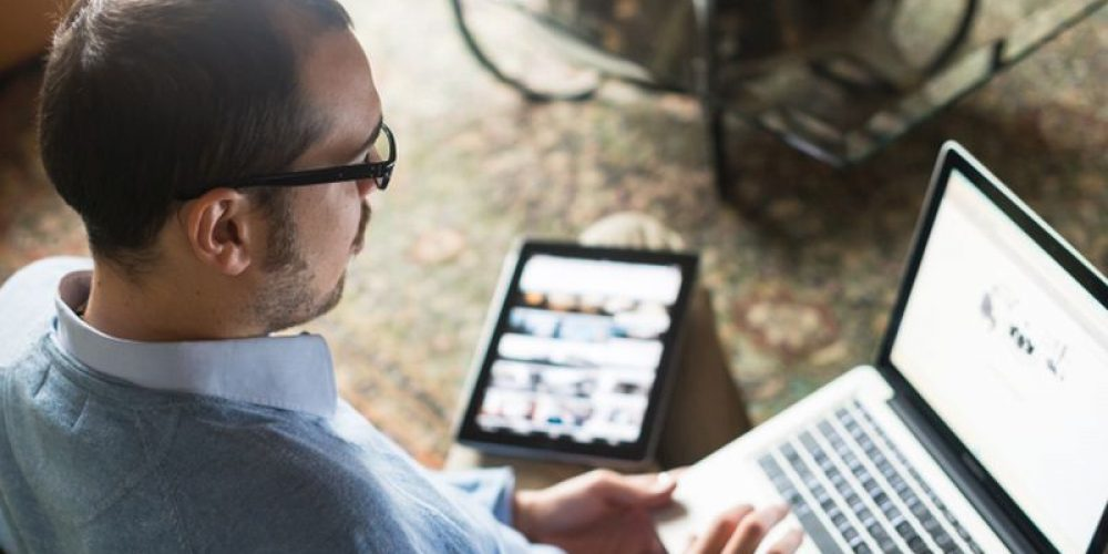 Who Multitasks Better: Men or Women? The Answer May Surprise You