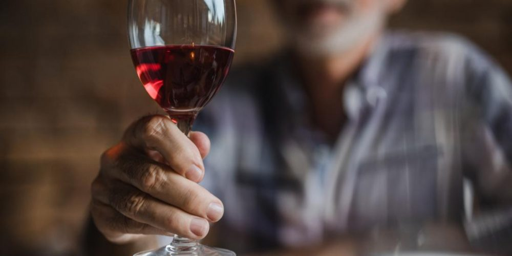 Alcohol use disorder: Brain damage may progress despite sobriety