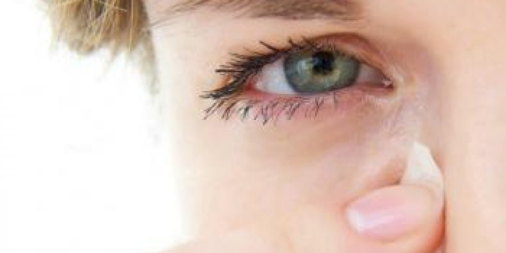 Causes and treatments for watering eyes