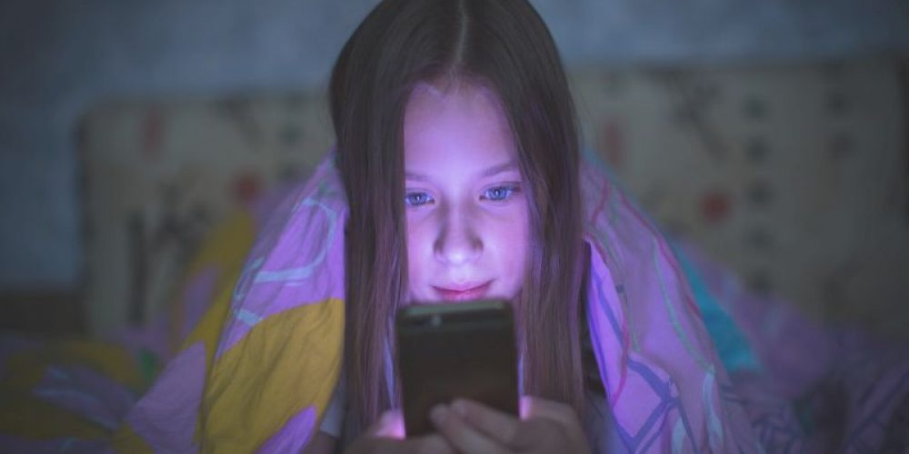 Could Screens' Blue Light Make You Old Before Your Time?