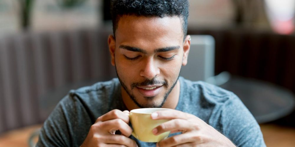 Simply seeing reminders of coffee can perk up the brain