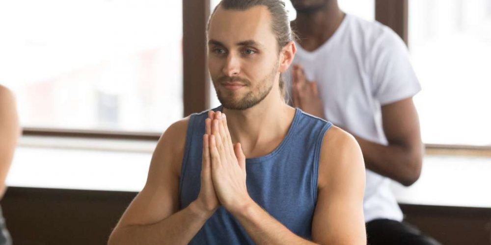What are the health benefits of yoga?