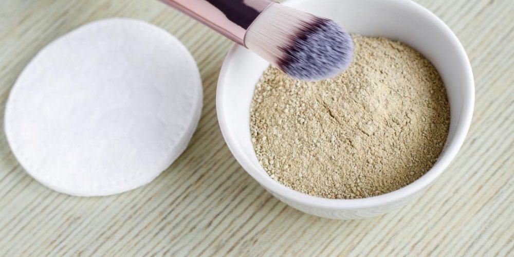 Bentonite clay: 11 benefits and uses