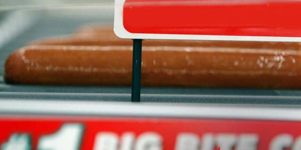 AHA News: Living Near Convenience Stores Could Raise Risk of Artery-Clogging Condition
