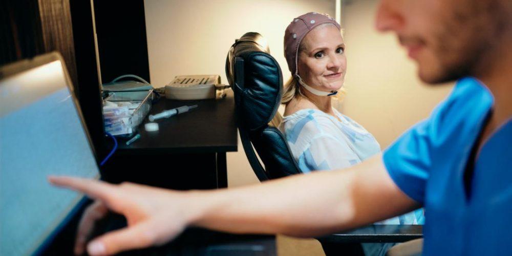 Using EEG data to diagnose Parkinson's disease
