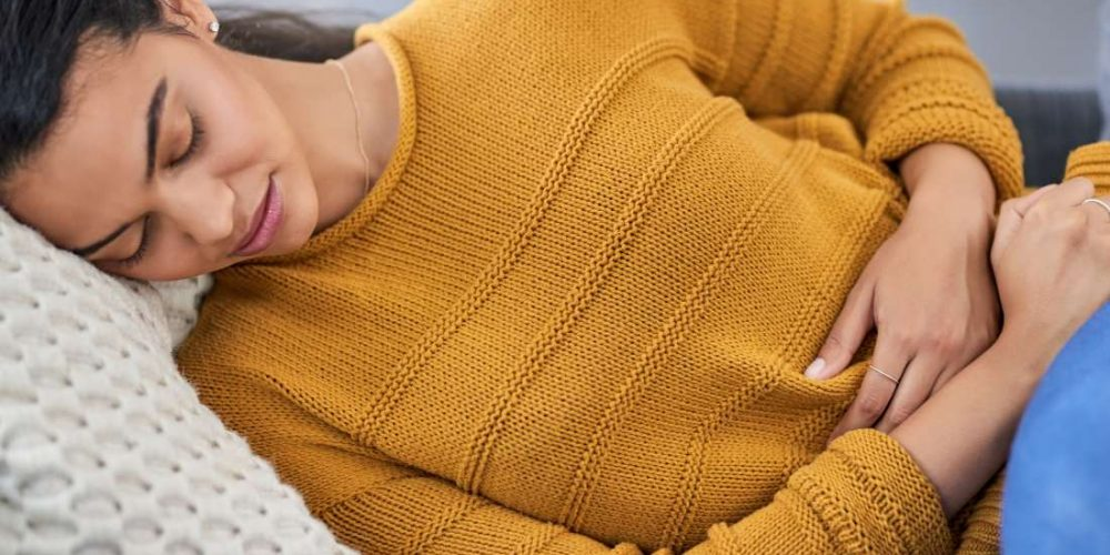 What causes uterus pain in early pregnancy?