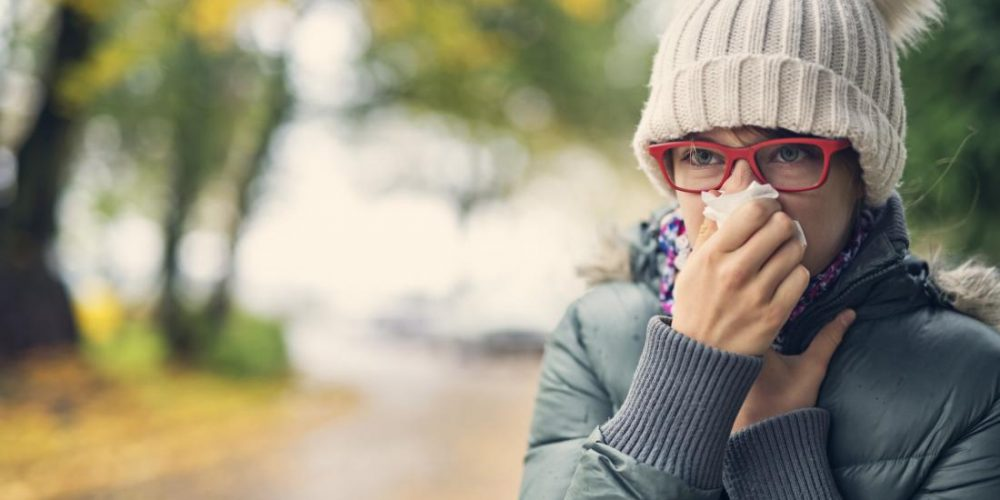 What's the link between cold weather and the common cold?