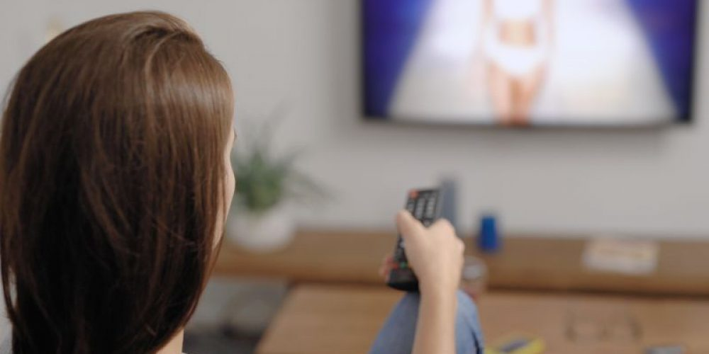 'Couch Potato' Lifestyle Poses Danger to Women's Hearts