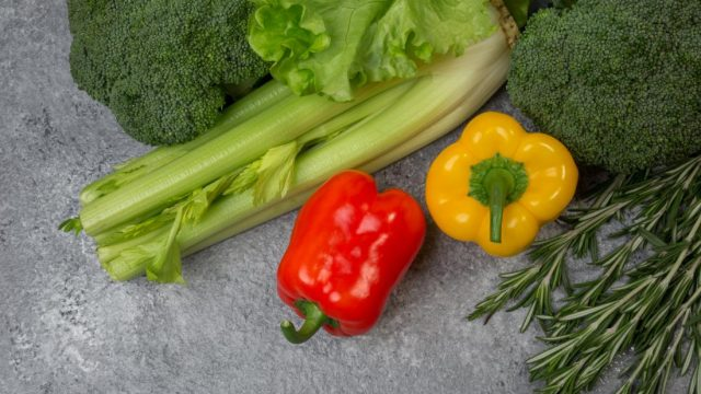 Men who eat lots of fruits and vegetables have less memory loss