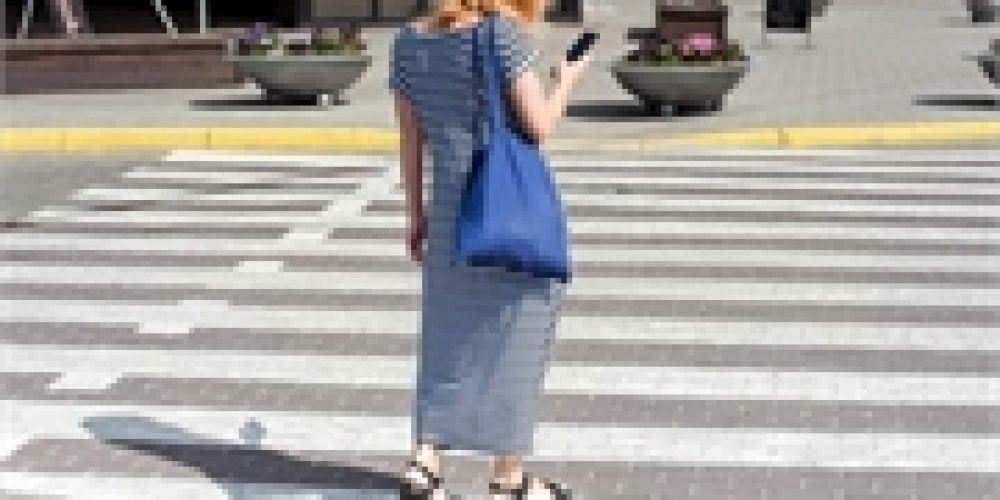 Distracted by Their Smartphones, Pedestrians Are Landing in the ER