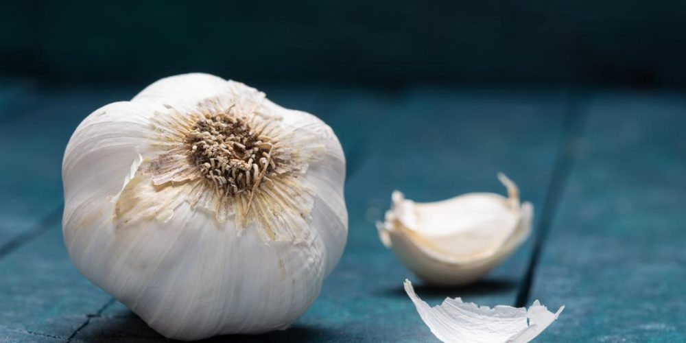 Is there a link between garlic and HIV?