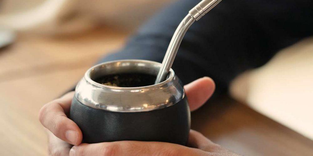 What are the health benefits of yerba maté tea?