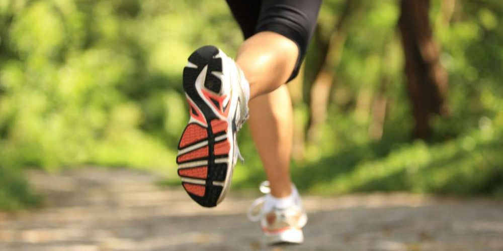 What is the average time to run a mile?