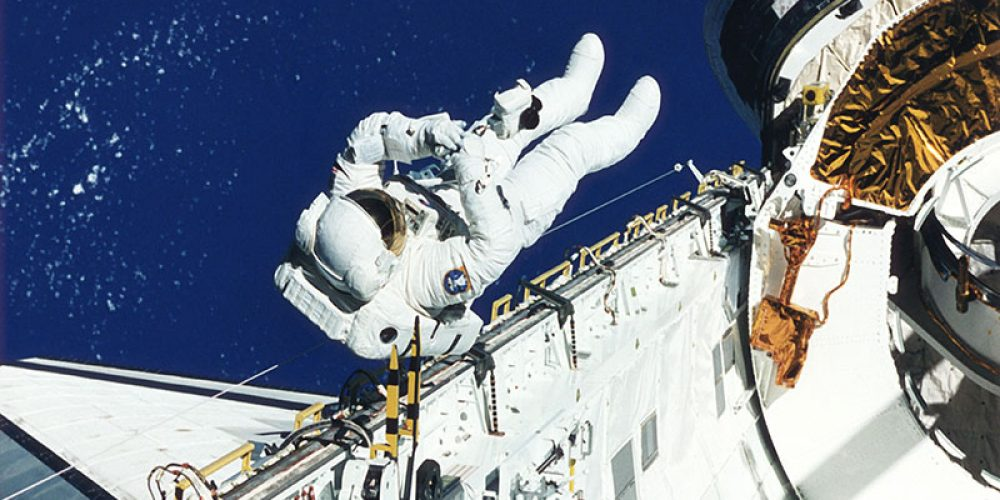 Astronauts: Exercise More in Space, Faint Less on Earth