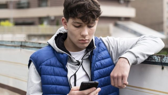 Texting Trauma: Many Teens Suffer 'Digital Dating Abuse'
