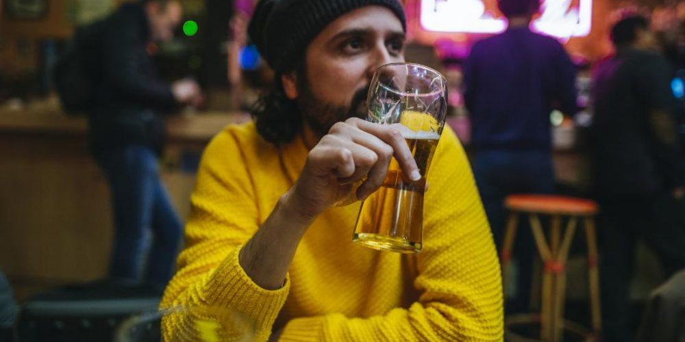 Ulcerative colitis: Does drinking alcohol make it worse?