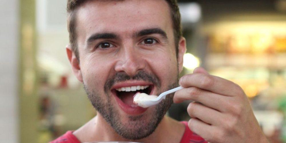 Yogurt Might Help Men Avoid Colon Cancer: Study
