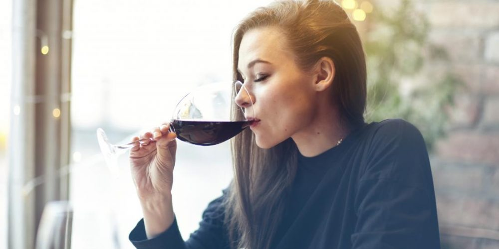 Is it safe to take Humira and alcohol together?