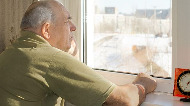 Plunging Temperatures a Threat to People With Alzheimer's