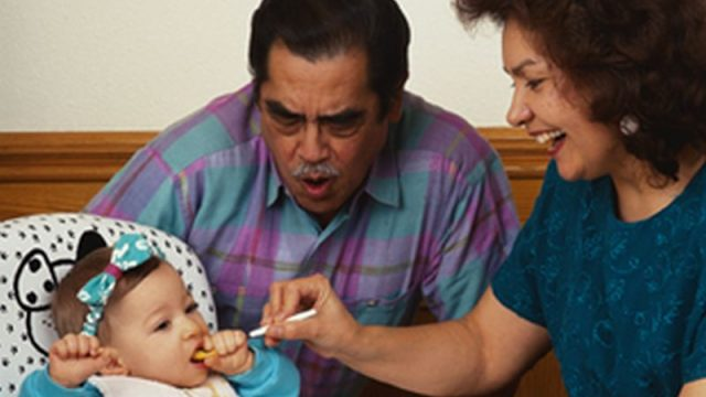 Kids Raised by Grandparents More Likely to Pile on Pounds: Study