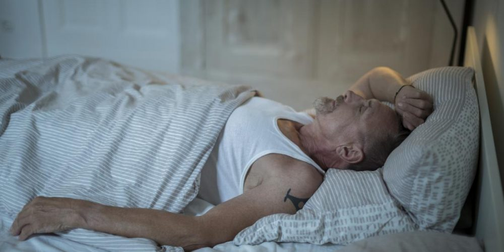 Night owls' health may benefit from 'simple' routine adjustments