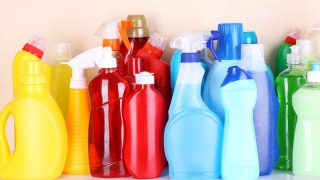 Babies' Exposure to Household Cleaning Products Tied to Later Asthma Risk