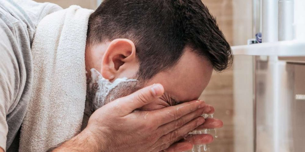 Tips for cleaning and unclogging nose pores