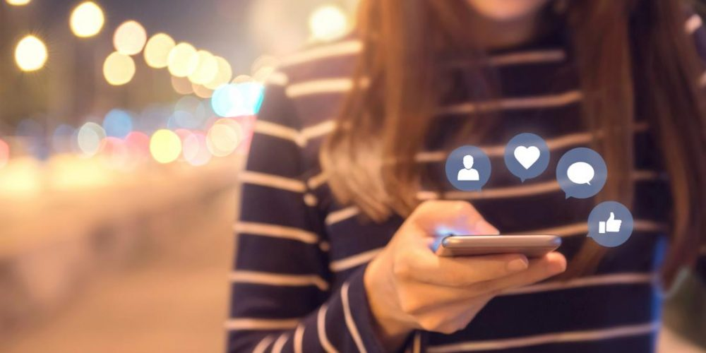 New evidence that social media increases loneliness